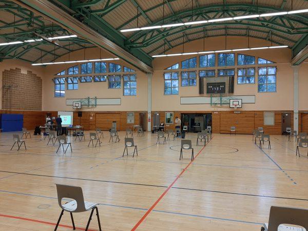 Wegen der Corona-Krise fand die Sitzung in der Flatow-Sporthalle statt.